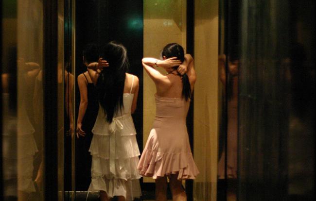 韓国風俗夜遊び夜の遊びカラオケクラブホステス_img_1